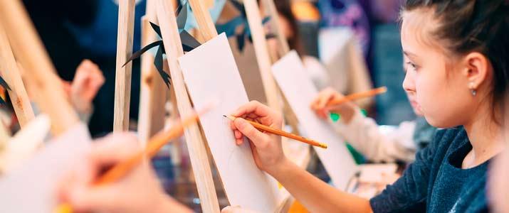 talleres infantiles artesania pintura